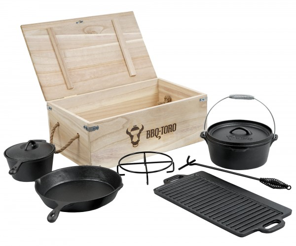 BBQ-Toro 7-teiliges Dutch Oven Set mit Holzkiste und viel Zubehör